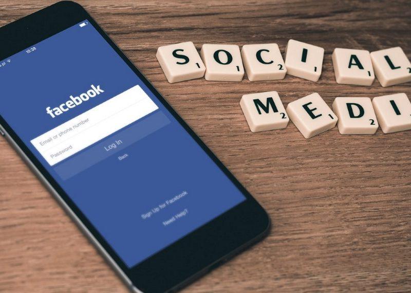 Marketing on Social Media: Positive or Negative